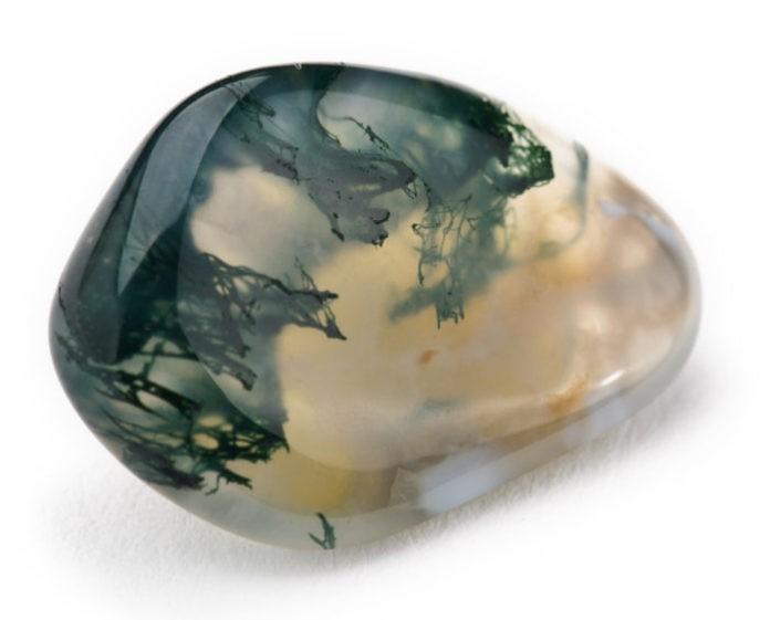 Гранит и мрамор: что дороже и лучше, в чем отличие камней, что прочнее, памятники и другие изделия, искусственные камни
