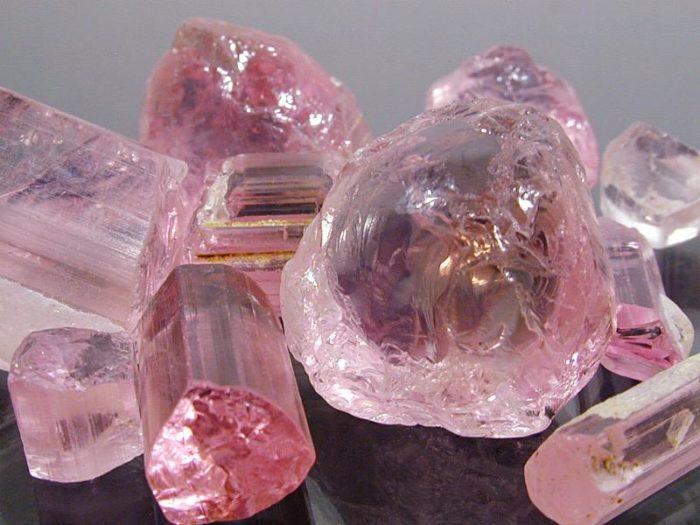Искусственный розовый кварц